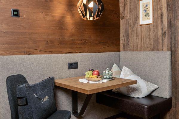 cosy sitting area (double room) - Ferienhotel Sonnenhof