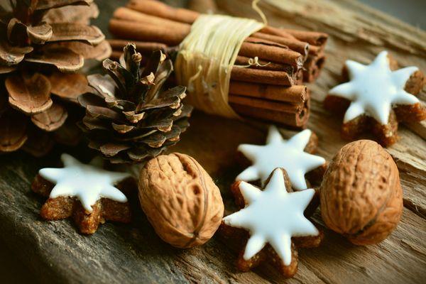 Köstliche Adventsleckereien ©Congerdesign (Pixabay)